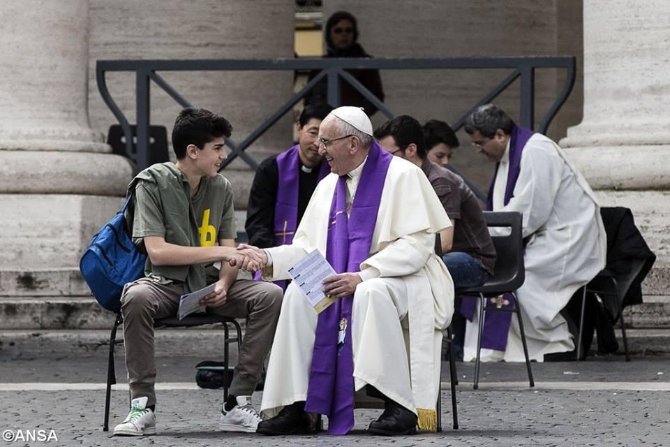 """""""¡El amor de Dios no busca esclavos, sino hijos… no quiere siervos, sino amigos! ¿Estaremos dispuestos a responder a Jesús hoy?"""""""