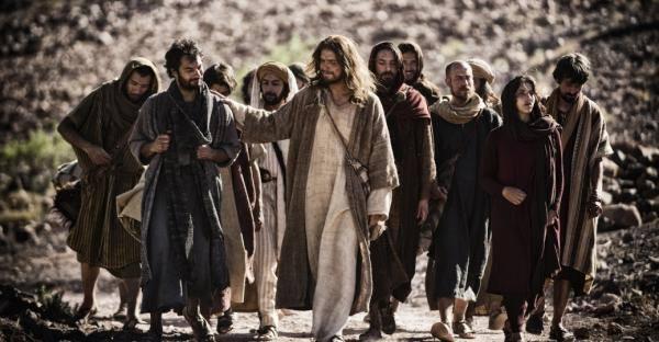 """""""Y Dios se hizo hombre… esta es el hecho que hace del cristianismo una religión única e irrepetible."""""""